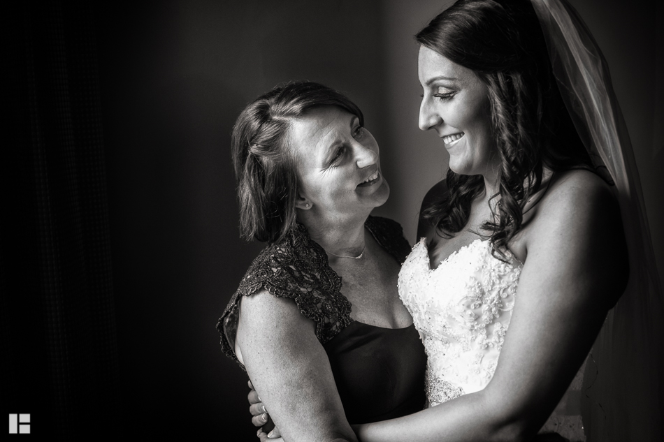 Nikki-Kerry-Wedding-Rochester-NY-Photographer-Buscemi-1-7