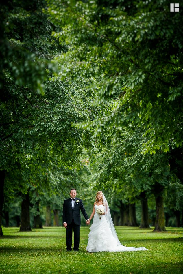 Jennifer-Christian-Buffalo-Wedding-Hyatt-1-2